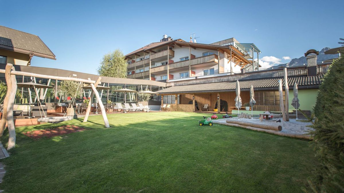 FAMELI SMALL FAMILY & SPA RESORT-Valdaora-