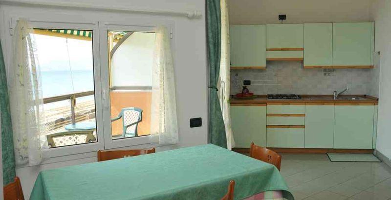 Natale al mare in liguria residence villa alda for Soggiorno in liguria