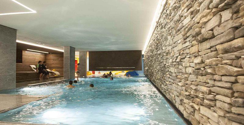 Speciale genitori single a livigno con i bambini hotel touring - Livigno hotel con piscina ...